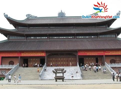 Chùa Bái Đính - Một trong những quần thể chùa lớn nhất Đông Nam Á