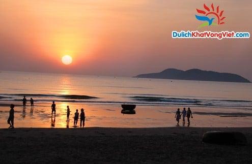 Du lịch Thiên Cầm – ngã ba Đồng Lộc – Cửa Lò 5 ngày 4 đêm giá rẻ cho hè 2014.