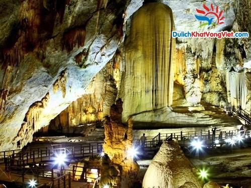 Động thiên đường đẹp lộng lẫy hấp dẫn mọi khách du lịch Quảng Bình