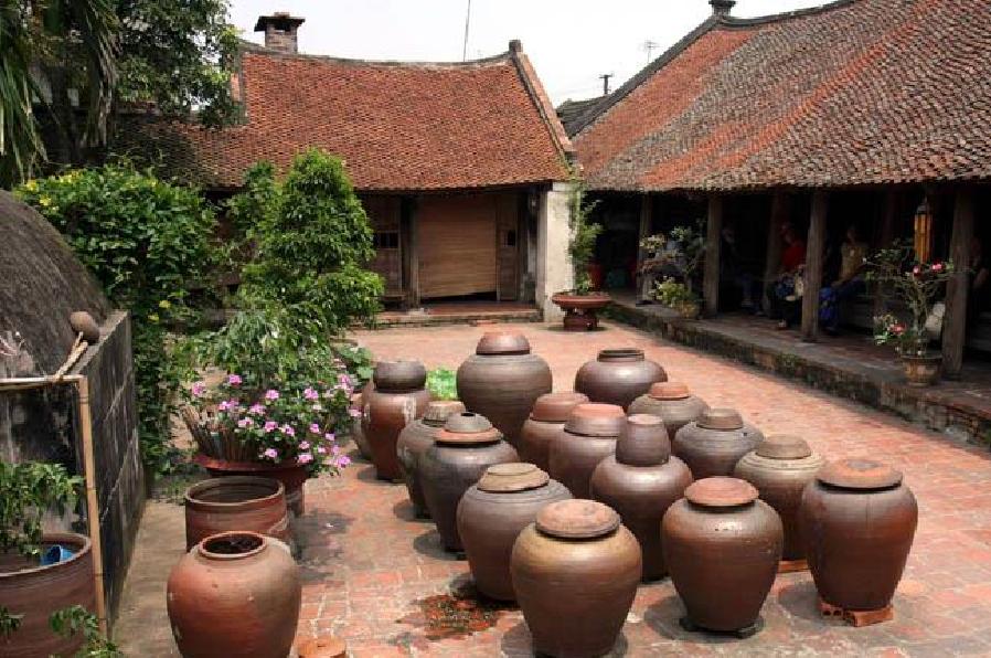Nghề làm tương truyền thống tại Đường Lâm