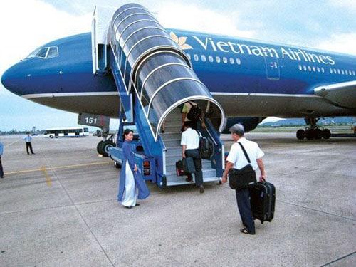 Tuyển dụng nhân viên book vé máy bay
