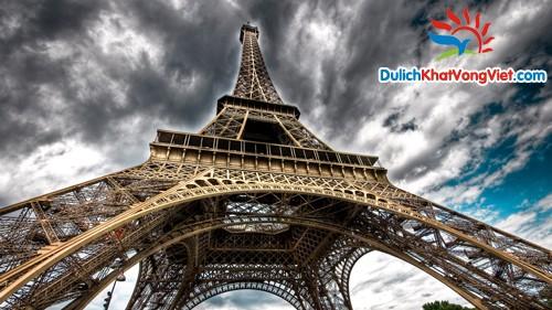 Du lịch Pháp: Sài Gòn – Tháp Eiffel – Le Louvre