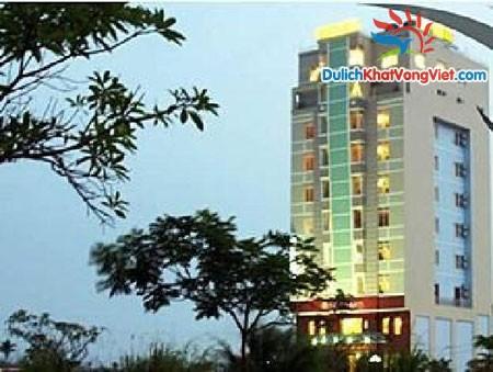 Khách sạn Golden (Hạ Long)