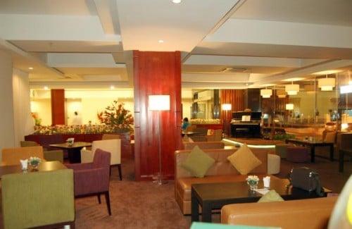 lobby-bar-the-coast-hotel-vung-tau_du-lich-viet_0-500x325