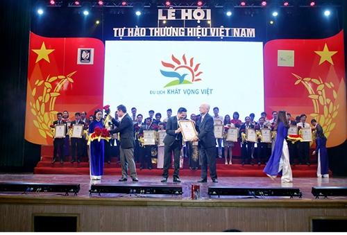Du lịch Khát Vọng Việt - Tự hào thương hiệu Việt Nam 2015