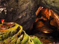 Khám phá hang Sơn Đoòng kì vĩ