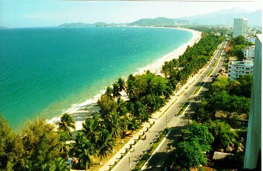 Bờ biển Nha Trang đẹp như mơ