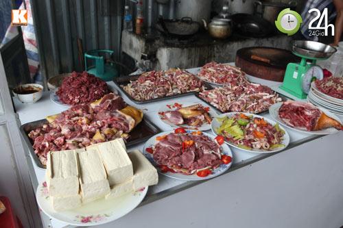 Ẩm thực ở chùa Hương