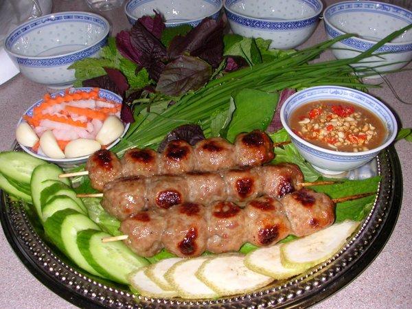 Nem nướng đặc sản Nha Trang