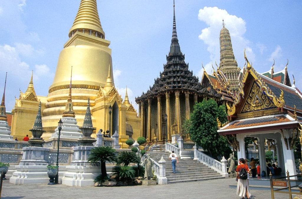 Chùa vàng trong cung điện hoàng gia Thái Lan