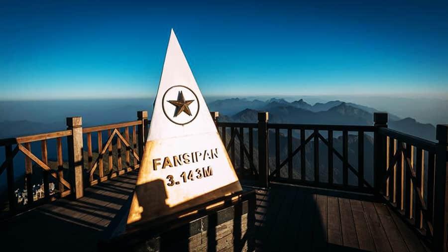 Chinh phục đỉnh Fansipan kì vĩ