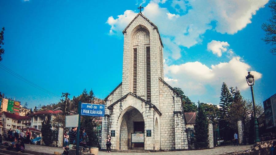 Nhà thờ Đá cổ kính, linh thiêng