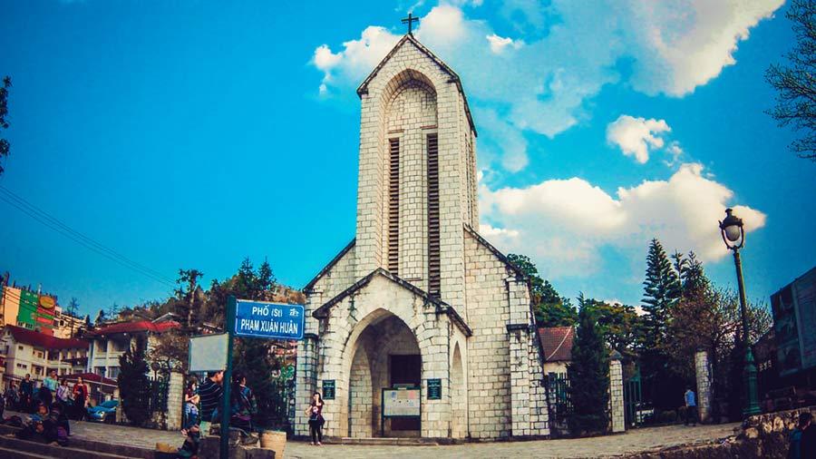 Nhà thờ Đá - Biểu tượng du lịch của vùng đất Sapa
