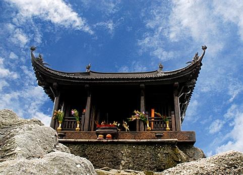 1 hình ảnh chùa ở Yên Tử