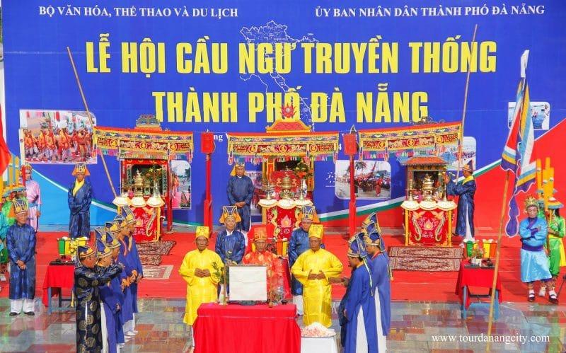Lễ hội chuyền thống lớn nhất năm cảu người Đà Nẵng