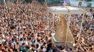 hình ảnh tại lễ hội Semana Santa (lễ Phục sinh)