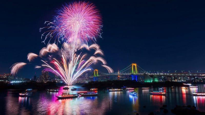 Những màn bắn pháo hoa Chào Đón Năm mới