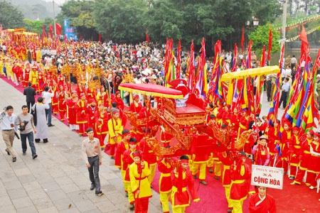 Lễ hội chùa Côn Sơn