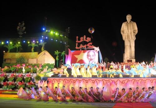 lễ hội làng Sen