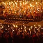 Up Helly Aa – lễ hội lửa Viking lễ hội lửa lớn nhất Châu Âu ở Scotland