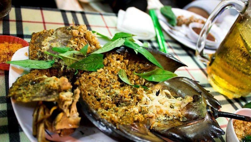 Sam biển được chế biến thành nhiều món ăn hấp dẫn