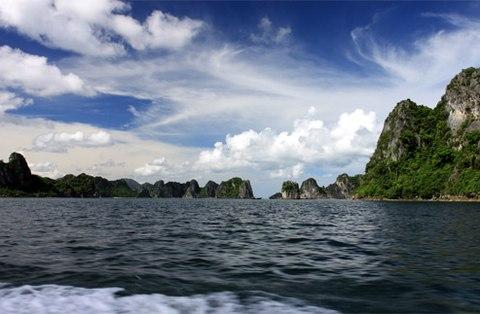Thiên nhiên kì vĩ ở khu du lịch đảo Quan Lạn