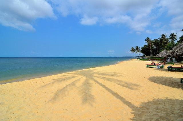 Du lịch đảo Phú Quốc tắm biển bãi Dài