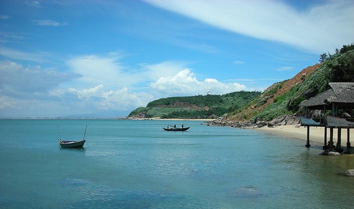 Một góc bãi biển trà cổ
