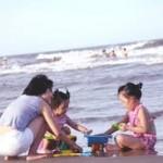 Biển Hải Hòa với nhiều nét đẹp thi vị.