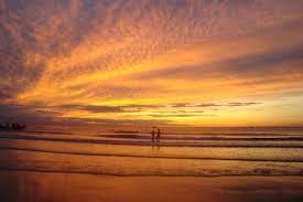 Cảnh biển Hải Hòa đẹp lãng mạn.