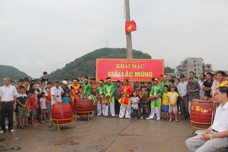 Ngoài các hoạt động tâm linh lễ hội Mai Bảng cũng tổ chức nhiều trò chơi hấp dẫn