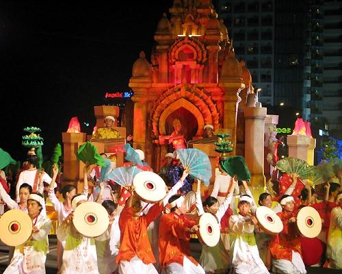 Lễ hội tháp Bà Nha Trang