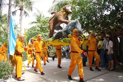Tham gia lễ hội Hoa Qủa Sơn 2014 trên Đảo Khỉ-Nha Trang