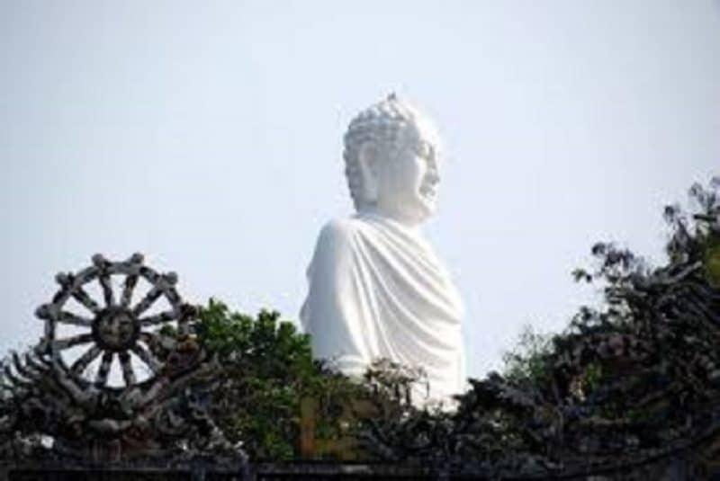 Một góc ảnh Chùa Long Sơn