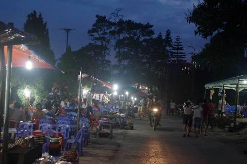 Chợ đêm Tam Đảo