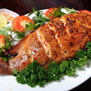 Những quán ăn hải sản ngon nhất ở Cát Bà