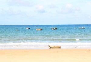 Bãi biển Vàn Chảy - Cô Tô