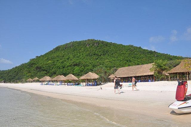 Du lịch hè Phú Quốc tắm biển bãi Dài