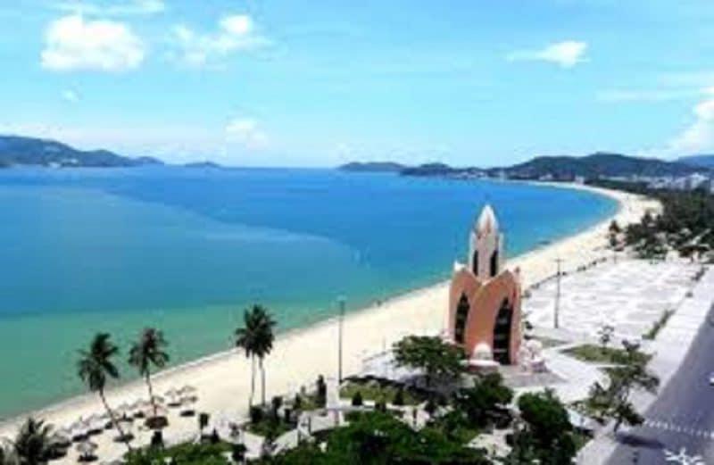 Bãi biển tại Thành Phố Nha Trang