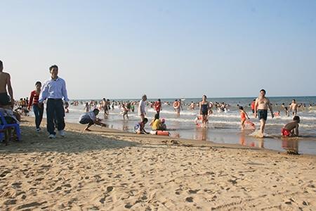Biển Thạch Hải – Hà Tĩnh khai trương mùa du lịch 2014