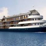 Du lịch Hạ Long thưởng thức phong cảnh trên du thuyền sang trọng.