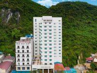 Khách sạn Draco Cát Bà có vị trí đắc địa ở khu vực trung tâm thị trấn Cát Bà