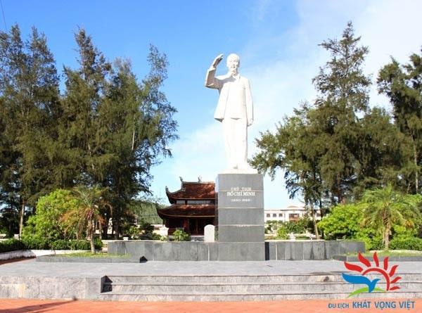 Khu lưu niệm Bác Hồ - Cô Tô
