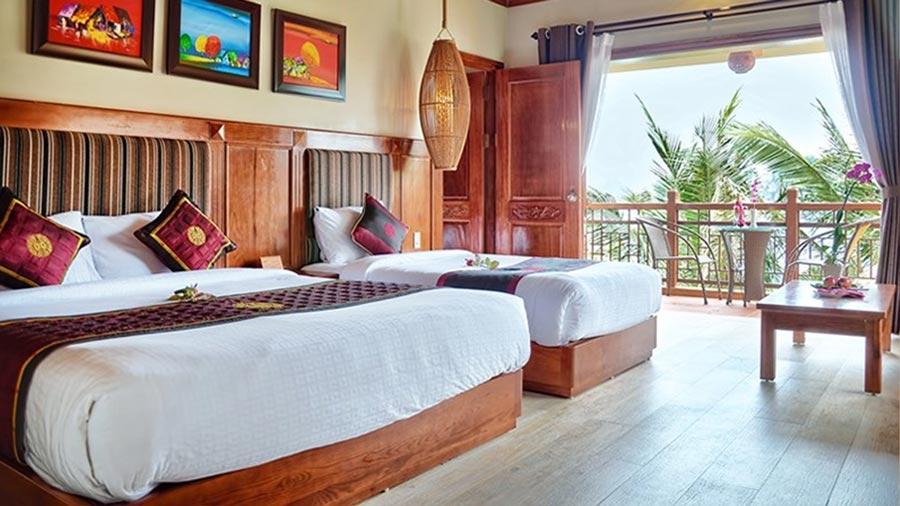 Phòng tại khách sạn Các Hoàng Tử Cát Bà tiện nghi, hiện đại