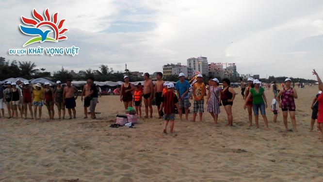 Chương trình du lịch Sầm Sơn tổ chức rất nhiều trò chơi