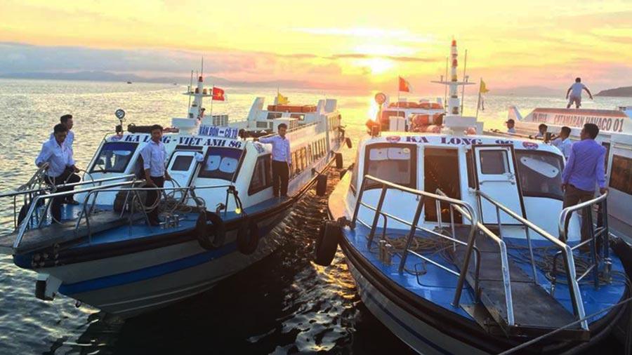 Tàu cao tốc ra đảo Cô Tô giúp rút ngắn thời gian khi du lịch đảo