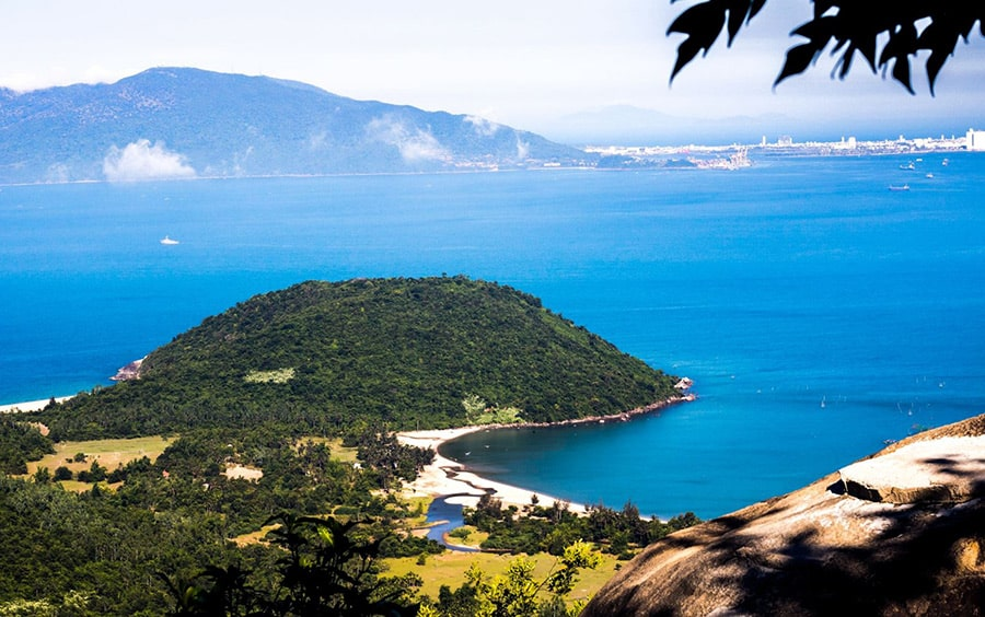 Hình ảnh bãi biển Làng Vân
