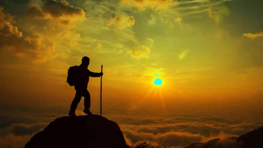 Leo núi chinh phục đỉnh Fansipan là trải nghiệm đáng nhớ nhất trong đời