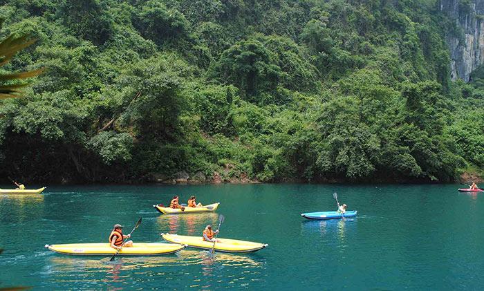 Khám phá sông Chày – hang Tối khi đi Quảng Bình