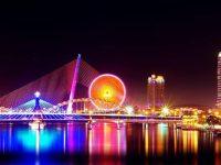 Sự kết hợp hài hòa cảu những cây cầu trên sông Hàn về đêm.